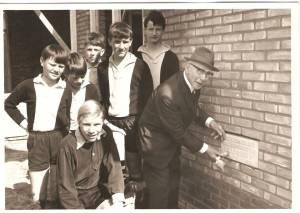 6 Eerste Steen Legging 1968