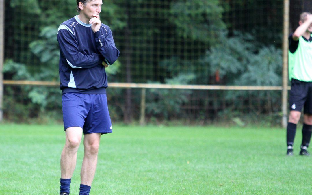 Eerste training selectie met nieuwe hoofdtrainer Manfred Graven